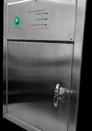 INTERLOCK SMART DOOR 18 X 18 CLOSED POSITION